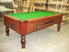 Optima Pool : Traditional pool table
